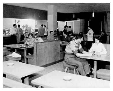 The Hetzel Union Building cafeteria
